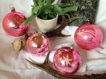 ★ 4 alte Christbaumkugeln rosa ★