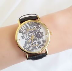 #pulseras, #pulserasmoda, #relojes, #relojesmujer, #relojes2016 Jewels, Watches, Leather, Women, Fashion, Trends, Best Watches, Feminine Fashion, Bangle Bracelets