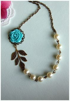 Pretty. I can buy the enamel flower and glue it onto the pendant back at dongdaemun