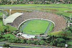 Estádio do Café-Londrina PR Capacidade: 30 mil