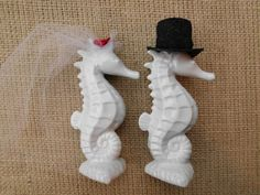 beautiful seahorses in love | Beautiful Adorable Winter White Red Kissing Seahorse Ceramic Wedding ...