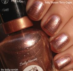 """Sally Hansen Miracle Gel in 'Terra-Coppa'.it's like Stila's """"Kitten"""" eyeshadow, but for your nails. Cute Pink Nails, Pretty Nails, Nail Polish Colors, Gel Nail Polish, Fail Nails, Sally Hansen Nails, Metallic Nails, Gel Nail Designs, Stylish Nails"""