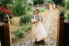 Iulia-Andrei-traditional romanian wedding_land of white deer (4)