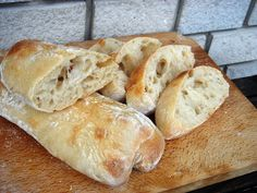 Kovászos francia ciabatta kenyér Dessert Drinks, Dessert Recipes, Ciabatta, Hungarian Recipes, Bread Rolls, Sweet And Salty, Bread Recipes, Baked Goods, Bakery