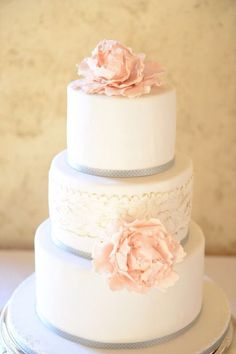 Simple cake grey white and pink