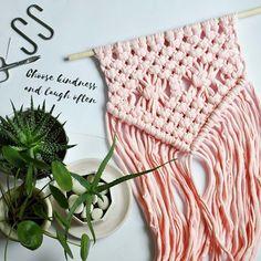 Pink pong!  #nurserydecor #macramewallhanging #macramewallart #macrame #macramelove #knotted #homedecor #babyshower #babyshowergift #choosekindness #bohohome #colorfuldecor #pinkdecor #pinkhouse #pink #babypink #wearethemakers #greenery #succulentsofinstagram #succulentobsessed #plantlover #etsyseller #etsyshop #bobbiny @hello_bobbiny #rekodzielo @shopsmall #delicious #etsyfinds #macramé #makrama #pokojdziecka