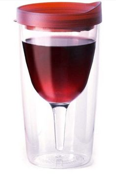 Wine tumbler with lid