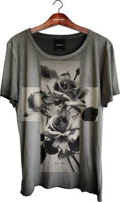 Camiseta Relax - Cross Roses