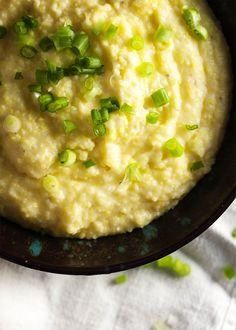 Slow Cooker Creamy Polenta - No stirring. No lumps. No worries about… Crock Pot Slow Cooker, Slow Cooker Recipes, Crockpot Recipes, Dairy Free Jalapeno Poppers, Lactose Free Milk, Polenta Recipes, Creamy Polenta, Italian Dinner Recipes, Side Dishes Easy