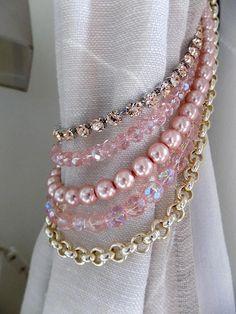 Embrasse de cristaux de Bohème rose et or, embrasse à Rideau décoratif rose fausses perles, embrasse chambre Chambre d'enfant, strass de fard à joues de chaîne en or Support de rideaux décorative et originale pour votre chambre Chambre d'enfant ou les filles ou même pour les