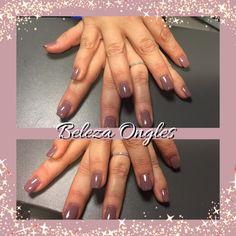 Retro pink nails