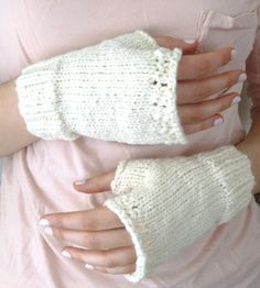 Cream Organic Cotton Fingerless Mitts by LaceyDaisyKnits on Etsy, $26.50