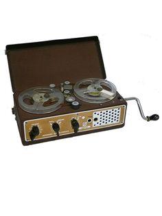 Nagra I - - www.remix-numerisation.fr - Rendez vos souvenirs durables ! - Sauvegarde - Transfert - Copie - Digitalisation - Restauration de bande magnétique Audio - MiniDisc - Cassette Audio et Cassette VHS - VHSC - SVHSC - Video8 - Hi8 - Digital8 - MiniDv - Laserdisc - Bobine fil d'acier - Micro-cassette - Digitalisation audio - Elcaset