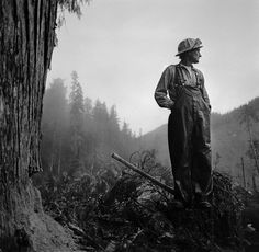 An interview with Larry Fink about photographing freelance loggers in 1980, published in his new book, Opening the Sky.