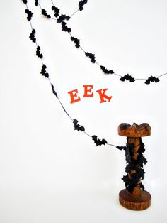 Halloween Paper Garland  Organized Bats by JaneeLookerse on Etsy