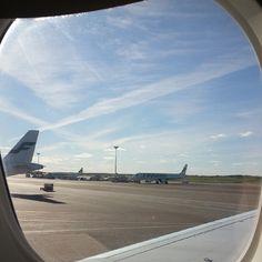 Pidän matkustamisesta, oli se lentokoneella, junalla tai vaikka autolla!
