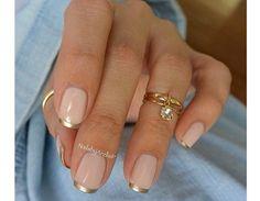 Delicata french manicure color oro