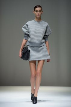 Neil Barrett Spring 2014 Ready-to-Wear Collection Photos - Vogue Look Fashion, Runway Fashion, High Fashion, Fashion Beauty, Fashion Show, Womens Fashion, Fashion Design, Paris Fashion, Fashion 2014