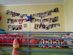 String photo display