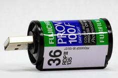 Fuji Provia 35mm Film Flash Drive. Idée originale pour conserver l'image des négatifs :)