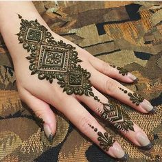 Tikki Style Mehndi Design is most famous in teenagers as well as in kids. In every event mehndi is the first priority for every kid and girl. Henna Hand Designs, Mehndi Designs Finger, Tattoo Arm Designs, Mehndi Designs For Fingers, Mehndi Art Designs, Mehndi Patterns, Beautiful Henna Designs, Latest Mehndi Designs, Nail Designs