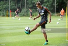 niklas-stark-of-hertha-bsc-during-the-training-camp-of-hertha-bsc-on-picture-id578676958 (1024×692)