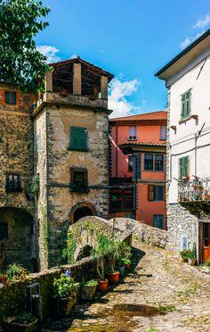 Bagnone (Tuscany, Italy) byJean Pellegri
