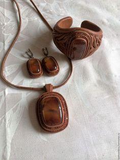 Купить Комплекты украшений Кожаные или заказать в интернет-магазине на Ярмарке Мастеров