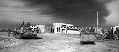Rare photo of Rommel (in car on right) at Tobruk, Jun 42