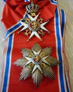 Знаки Большого Креста Королевского Ордена Св. Олафа.