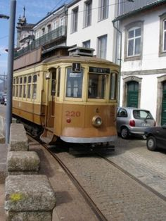 Elétrico / Tram by visitporto, via Flickr