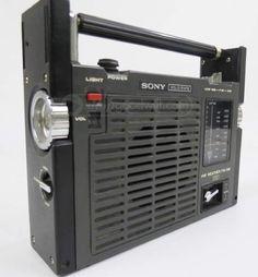 Sony SPORTS-11 (ICF-111B) AM / FM All Weather Radio