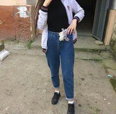 Teenage Girl Photography, Cute Girl Face, Cute Girls, Mom Jeans, Suits, Snapchat Ideas, Panda, Fashion, Hair