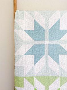 Prairie Tracks Quilt Pattern - Cotton + Joy Source by susalabimSimone Modern Quilting Designs, Modern Quilt Patterns, Quilt Block Patterns, Quilt Designs, House Quilt Patterns, Traditional Quilt Patterns, Modern Quilt Blocks, Owl Patterns, Pattern Blocks