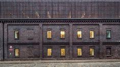 BAAS Arquitectura wins top award at Brick Awards 20 Brick Roof, Brick Facade, Grand Prix, Brick Companies, Patio Grande, Internal Courtyard, Brick Architecture, Contemporary Building, Building Facade