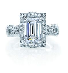 Not usually an emerald cut fan, but this is pretty