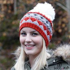 шапка с лисятами