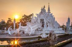 El Templo Blanco de Tailandia que parece que se ha caido del cielo 2