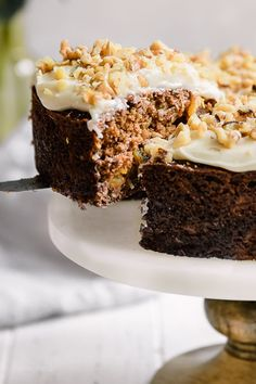 - Super Moist Carrot Cake with Cream Cheese Frosting. Made from scratch with carro… Super Moist Carrot Cake with Cream Cheese Frosting. Made from scratch with carrots, crushed pineapple, coconut and walnuts – SO good! Low Fat Carrot Cake, Moist Carrot Cakes, Spring Desserts, Ww Desserts, Skinny Taste, Cake Recipes, Dessert Recipes, Ww Recipes, Skinnytaste Recipes