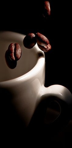 Coffee..... mmmm, I can even smell it. besides cute pic