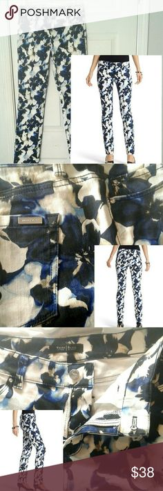 """WHBM slim ankle blanc floral nwot sz 4 Bold watercolor floral of blues on white.  Five pocket w/beltloops and front zipper.  Stretch cotton twill fabric .  Fit is eased through hip and thigh. Sits just below the waist.   Rhinestone rivets on front pockets (2nd image).  Sz is 4 reg w/30"""" inseam.    These pants have never been worn, other than having been tried on for size.  Sizing is still on fabric. Perfect nwot condition, from smoke/cat free home. White House Black Market Pants Ankle…"""
