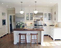 Eat in Kitchen Island