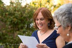 """Le texte """"Votre jour de mariage"""" me fait frissonner ! C'est que je l'imagine tellement bien, lu par un proche, au cours de la cérémonie laïque. L'un de nos parents par exemple. L'un des vôtres peut-être."""