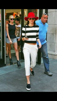 09.04.14: Kendall out in NYC with Hailey Baldwin    2