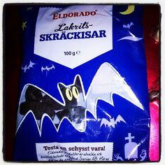 #Halloween   #halloween2015 goes on. Sweetings from Sweden.. #Skräckisar #eldorado #lakrits #licorice #lakritsi #lepakko #bät #bat nam nam