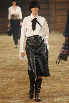 Bow: Chanel Pre-Fall 14'