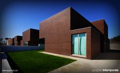 #arch #architecture #arquitectura #arq #construction #building #material #house #Klinker Brick #Brown Mondego (EN) » http://goo.gl/QnCI2 #Tijolo Face à Vista Klinker #Castanho Mondego (PT) » http://goo.gl/1dEGv #Ladrillo Caravista Klinker Castanho #Mondego (ES) » http://goo.gl/IYOPr #Klinker Face #Brique Castanho Mondego (FR) » http://goo.gl/czu09  #Aveiro | #Arquitecto Ricardo Vieira de Melo