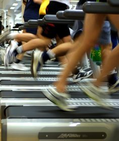 treadmill workout: 1 minute at 5.0, 1 minute at 5.5, 1 minute at 6.0, 1 minute at 6.5, 1 minute at 7.0, 1 minute at 7.5, 1 minute at 8.0, 2 minutes at 4.5 Repeat five times.