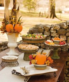 Lovely Fall Tablescape.......I would add more leaves, etc. aroune the bases of the pedestals.....