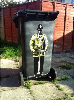 Every street artist has its own signature style that separates them from the rest. British street artist Jamie Scanlon (aka JPS) has definitely made himsel